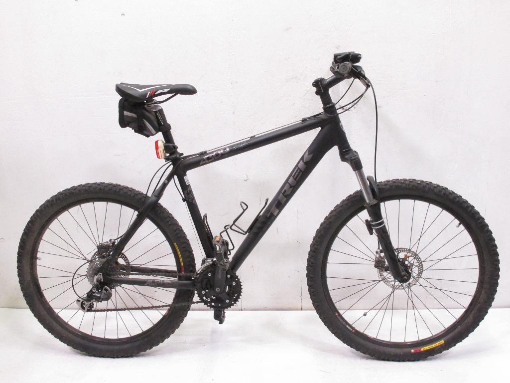 86bcf40303f Trek 4300 Four Series Men's Mountain Bike | Property Room