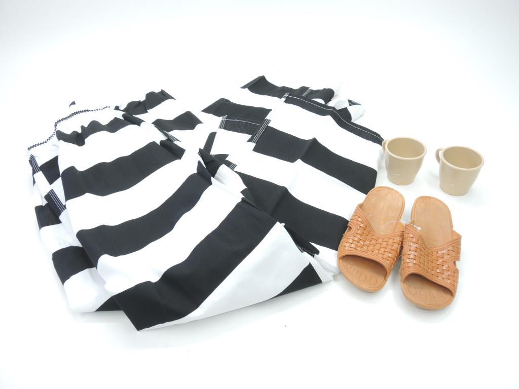 3d5fde1ade727 Prison Sandals