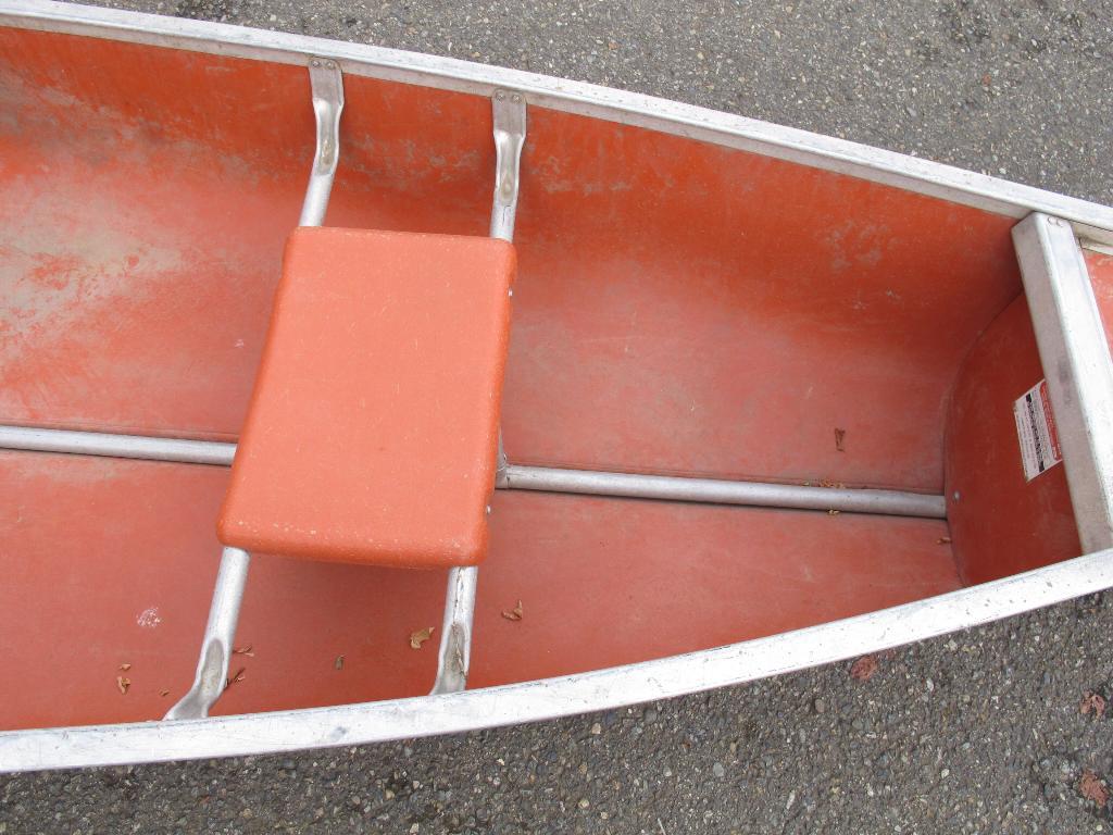 Seattle Car Auction >> 13' Coleman Canoe **SEATTLE AREA** | Property Room