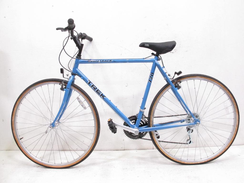 Trek Mulrack 720 Men S Hybrid Bike