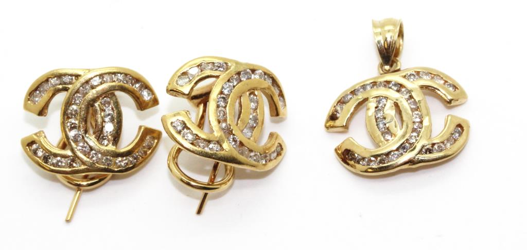 76g 14kt gold chanel logo pendant and earrings set with small 76g 14kt gold chanel logo pendant and earrings set with small diamond accents aloadofball Image collections