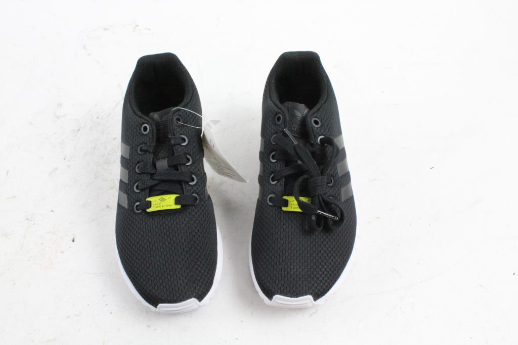 the best attitude 4ce8d e27bf Shoes Adidas Boys Room Size 4 Property 5 rr5qfZwzx