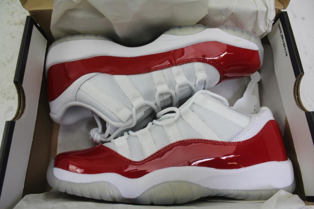 online store f5735 8a007 Air Jordan 11 Retro Low Bg Shoes; Size Kids 6.5y | Property Room