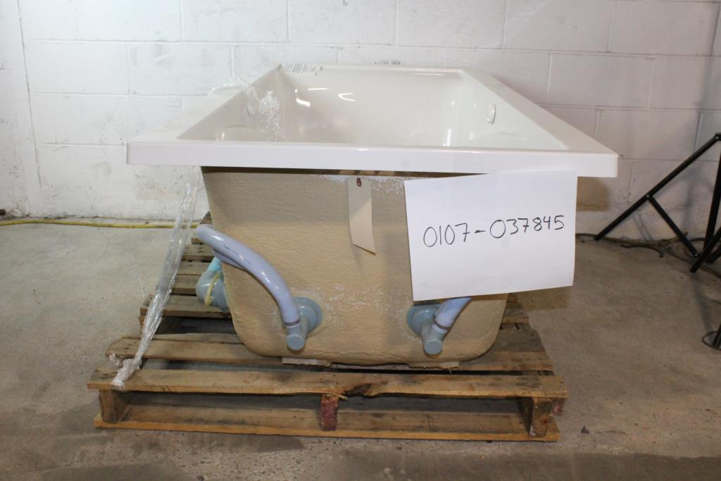 American Standard Whirlpool Tub | Property Room