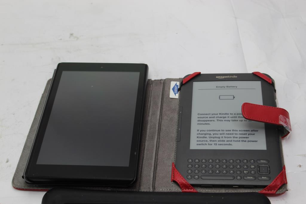 Apple Ipad, Amazon Kindle And Tablet 3 Pieces - Sold For Parts