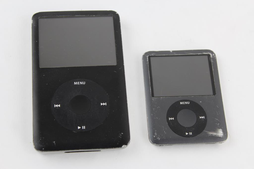 apple ipod classic 80gb and 3rd gen ipod nano 8gb sold. Black Bedroom Furniture Sets. Home Design Ideas
