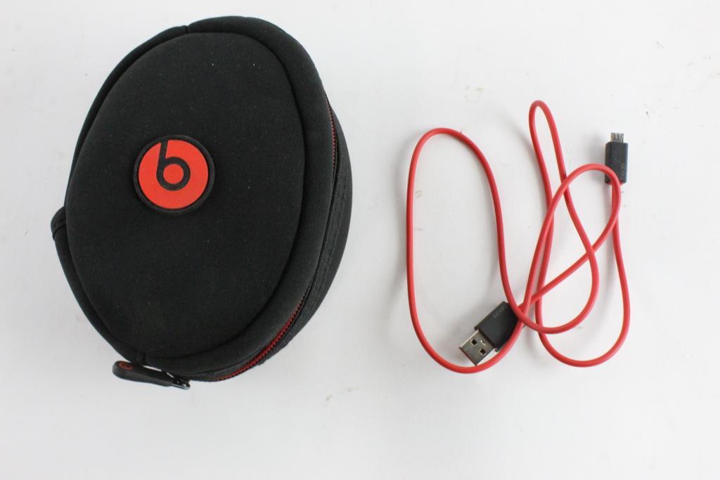 Beats Solo 3 Wireless Headphones Property Room