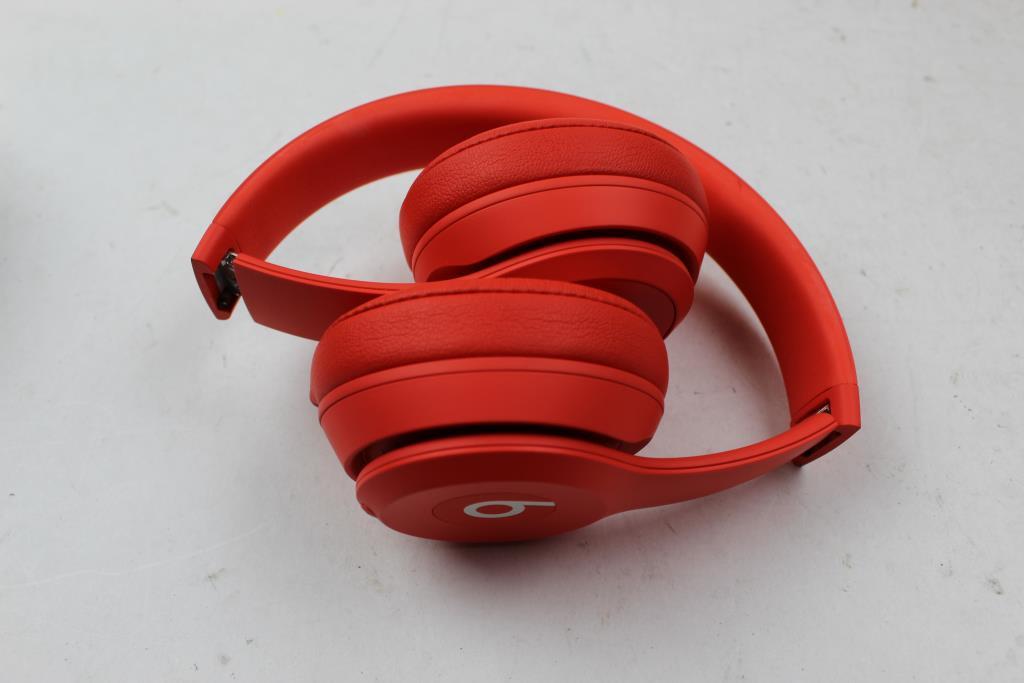 f62647d4239 Beats Solo3 Wireless On Ear Headphones (Red) | Property Room