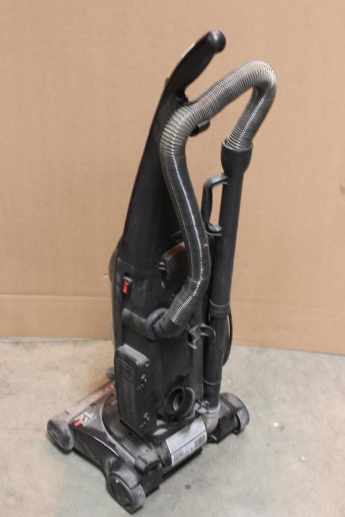 Bissell Cleanview 3591 2 Power Trak Vacuum Property Room