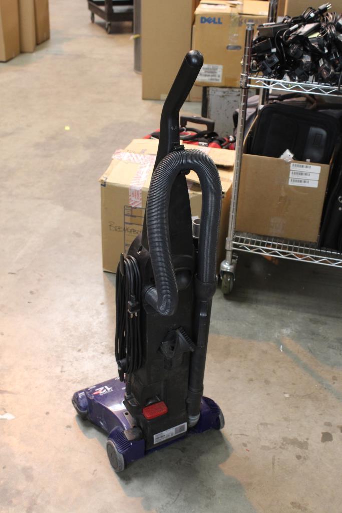 Bissell Powerforce Bagless Vacuum Cleaner Property Room