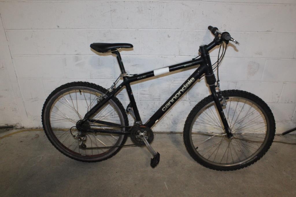 d05d294f33e Cannondale F500 Mountain Bike | Property Room