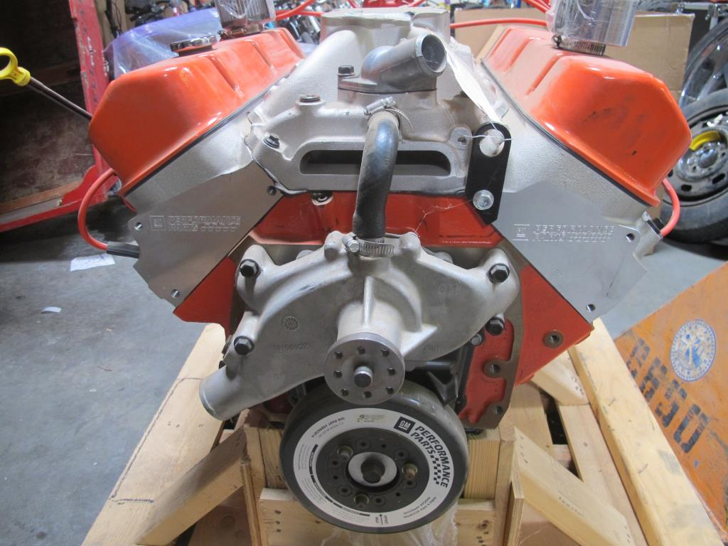 Chevrolet 572 Crate Engine Property Room