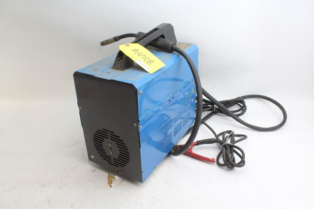 Chicago Electric Welding Systems Flux Wire Welder | Property Room