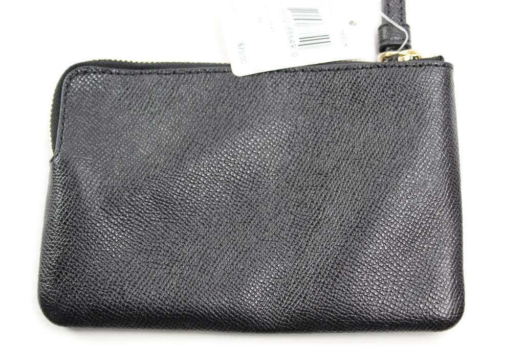 81d12fd10b8c Coach F58032 Crossgrain Leather Corner Zip Wristlet