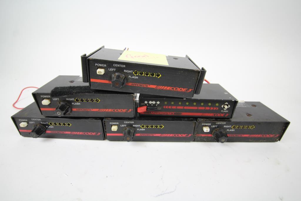 Code 3 Arrowstik Light Bar Controller Switchbox. 12 Pieces ...