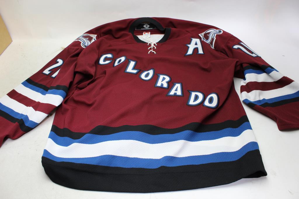 timeless design dd0c4 4ab74 Colorado Avalanche Hockey Jersey #21 Forsberg | Property Room