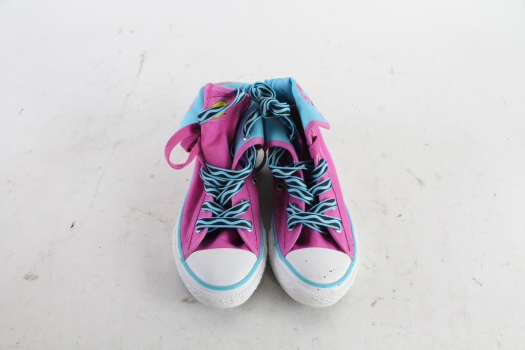 3169f5b74712bc Image 1 of 5. Converse Girls Shoes