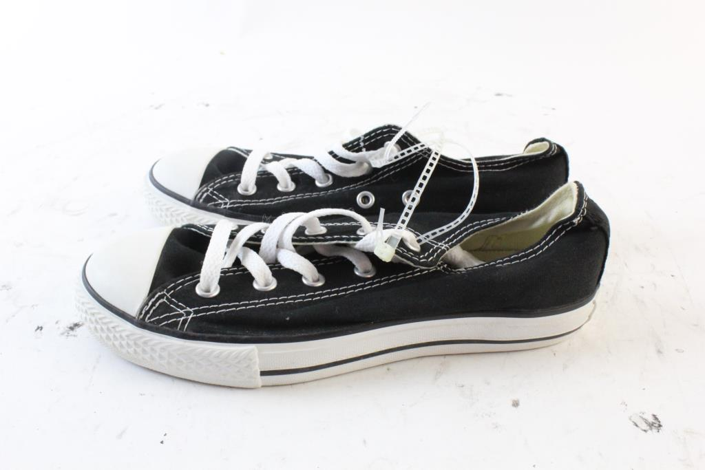 cff35cdc70f1 Image 1 of 5. Converse Kids Shoes