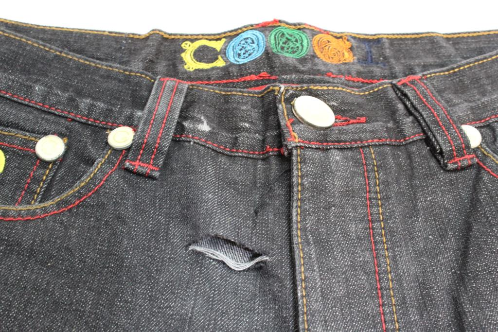8bd2edc2df Coogi Jeans Shorts Size 34x15 | Property Room