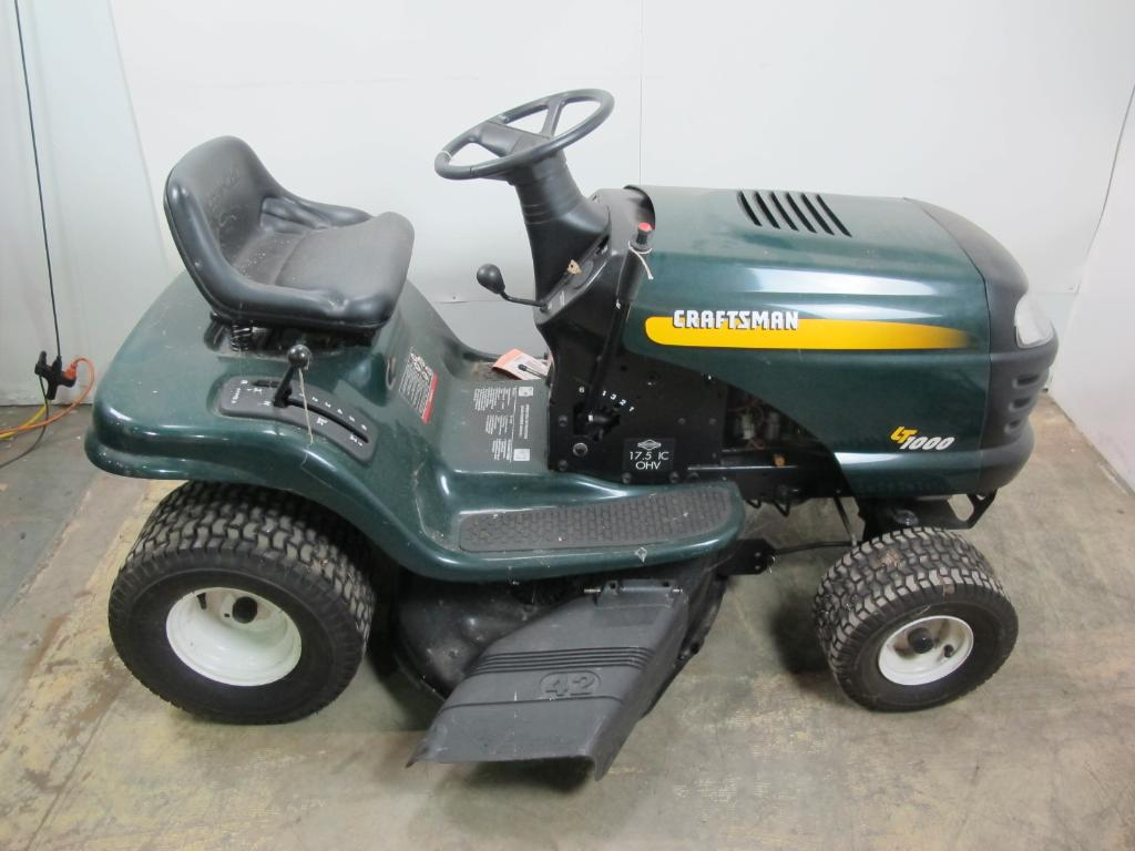 Craftsman LT1000 Riding Lawn Mower, ***FLORIDA APPT ONLY