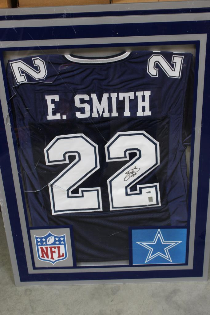 purchase cheap fe5a4 6c81f Dallas Cowboys E. Smith Signed Jersey | Property Room