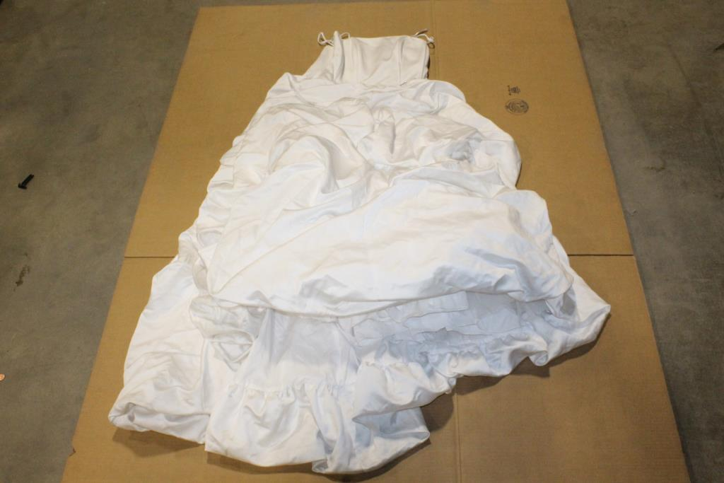 Davids Bridal Womens Wedding Dress Size 14w Property Room