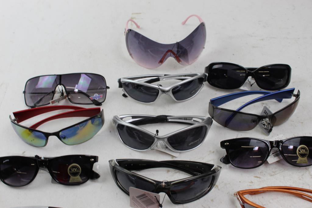 253b75409f8 DG Eyewear
