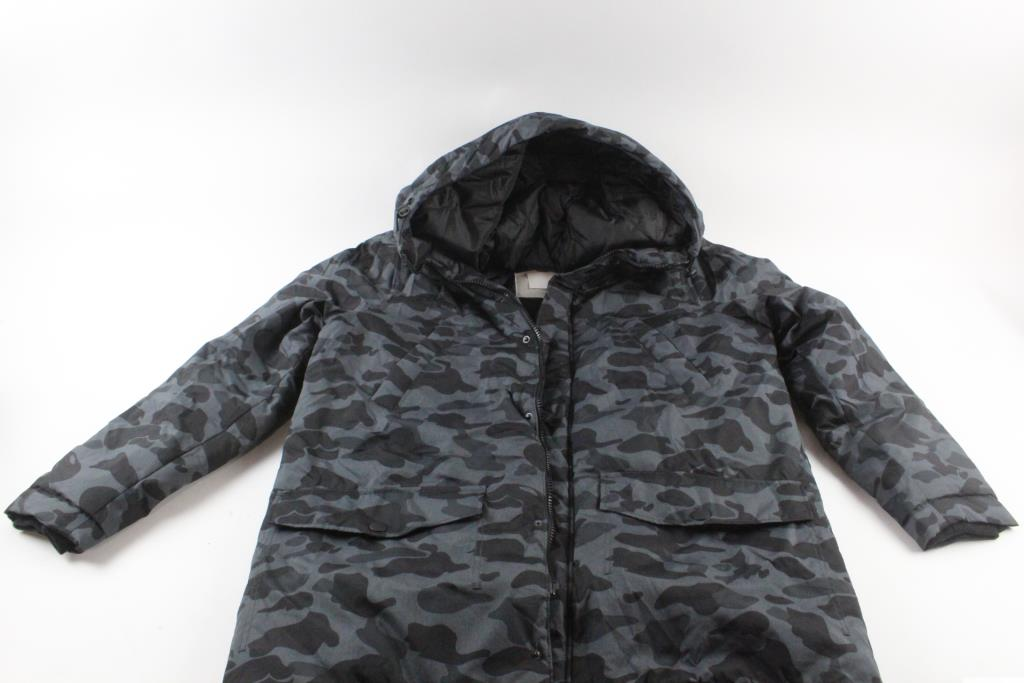 a0820fd6357c6 An image relevant to this listing. Divided Trd Mrk Winter Coat ...