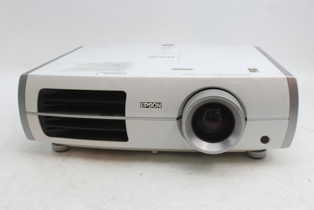 epson powerlite home cinema 8350 projector property room rh propertyroom com epson home cinema 8350 projector review Epson Short Throw Projector