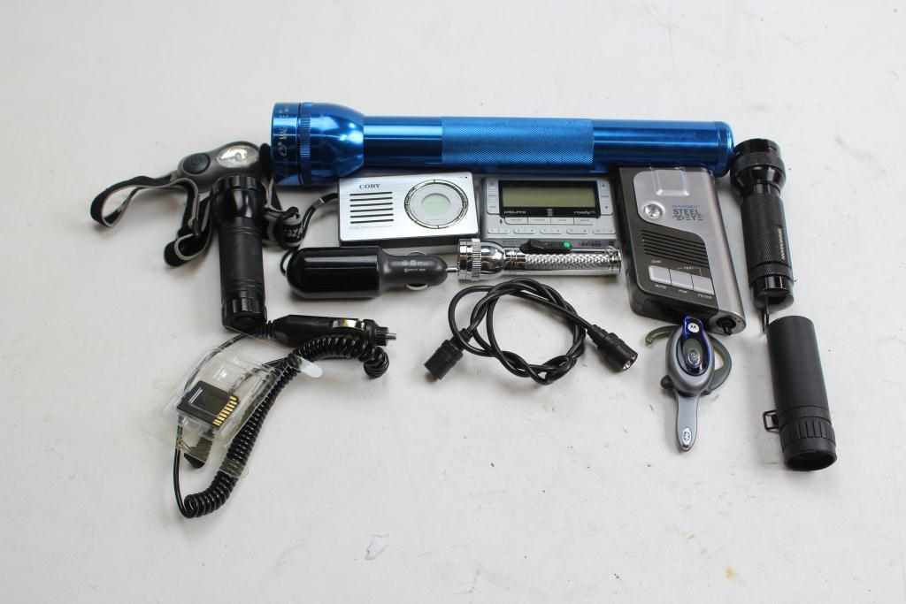 Flashlights Camera Xm Radio Bluetooth Earpiece And More 10 Items Property Room