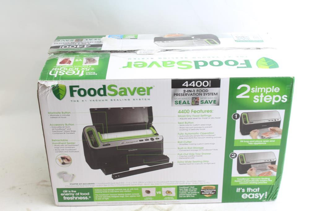 FoodSaver Vacuum Sealer 4400 Series | Property Room