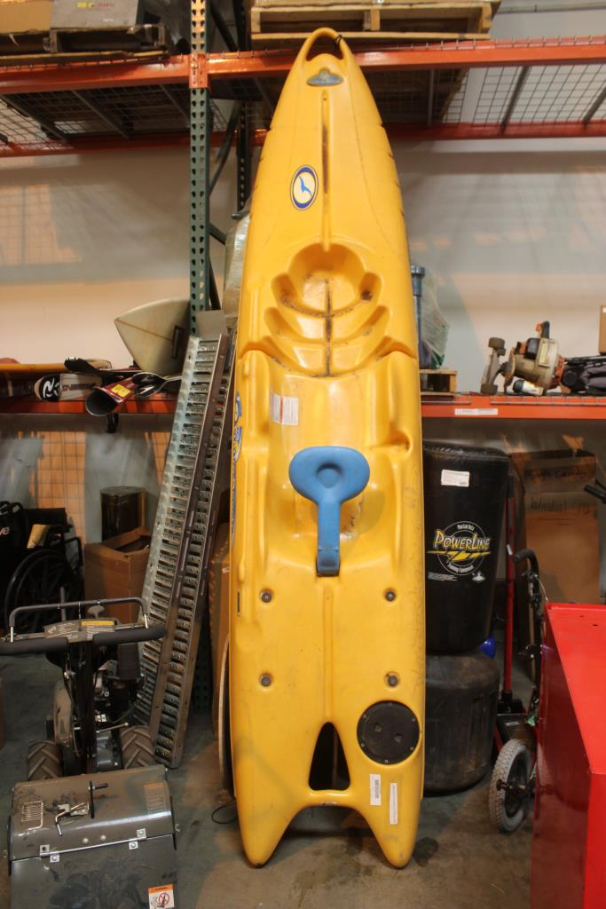 Future Beach Waterskate 10 5 Ft Kayak | Property Room