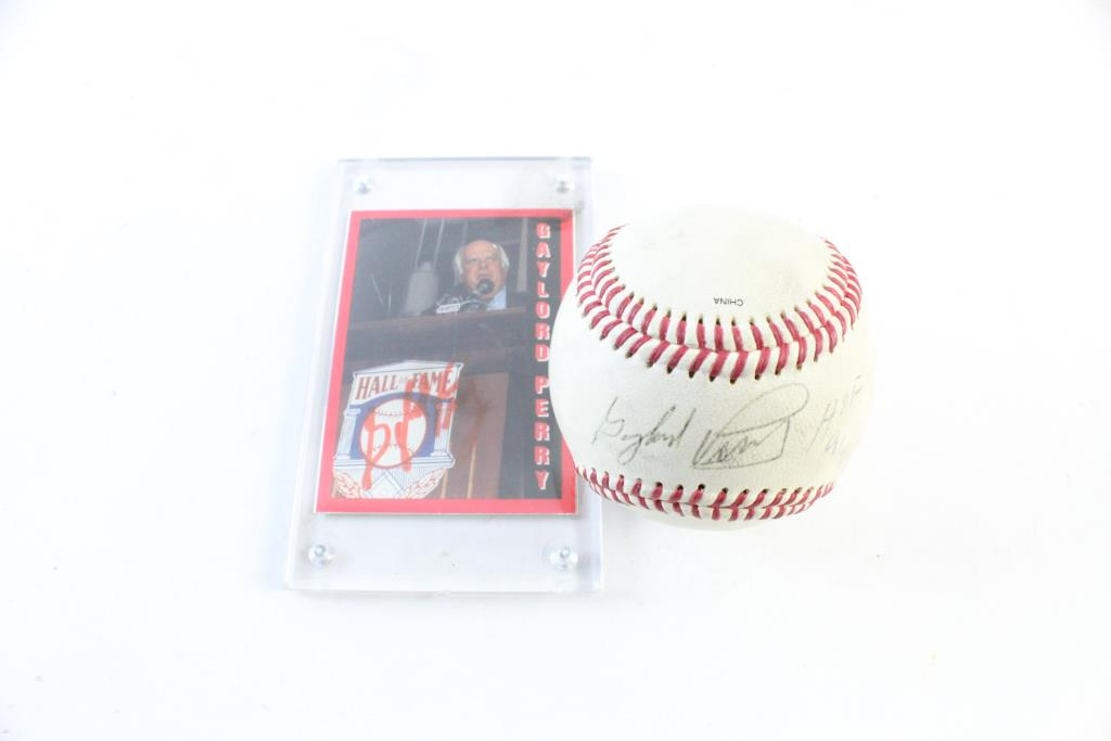 bcf3bf60a11 Gaylord Perry Autographed Baseball And Hall Of Fame Card