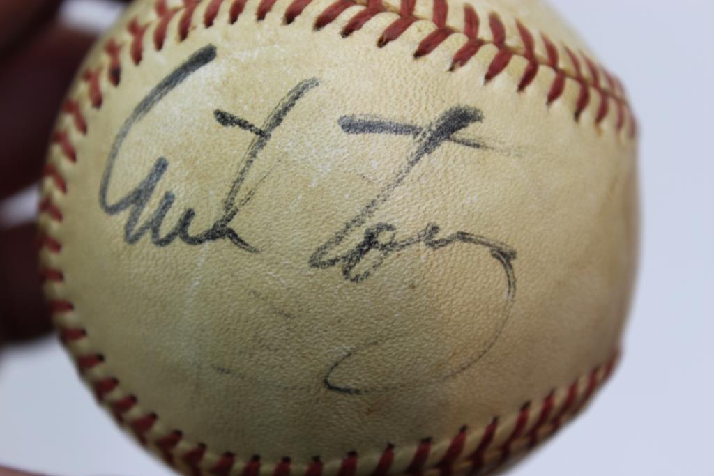 dda0ca0d5e0 Gaylord Perry+ More Autographed Baseballs Unknown Names  Teams