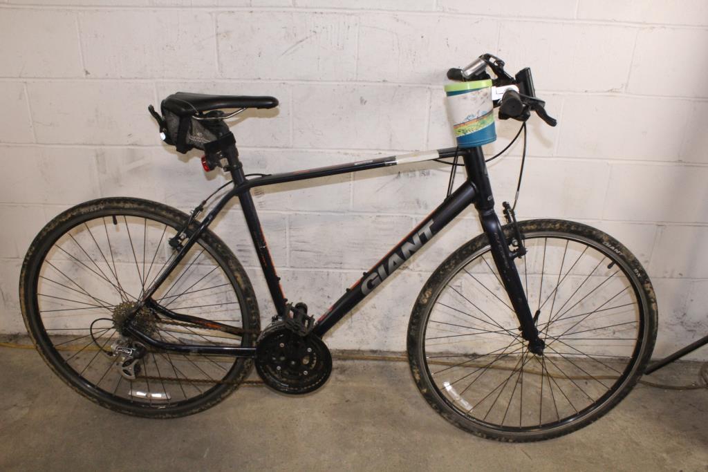 Giant Escape Off Road Sport Hybrid Bike