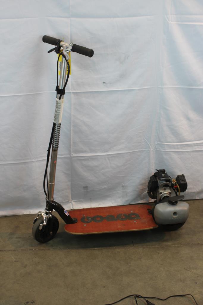 Go-Ped Gsr Sport Standing Motor Scooter | Property Room