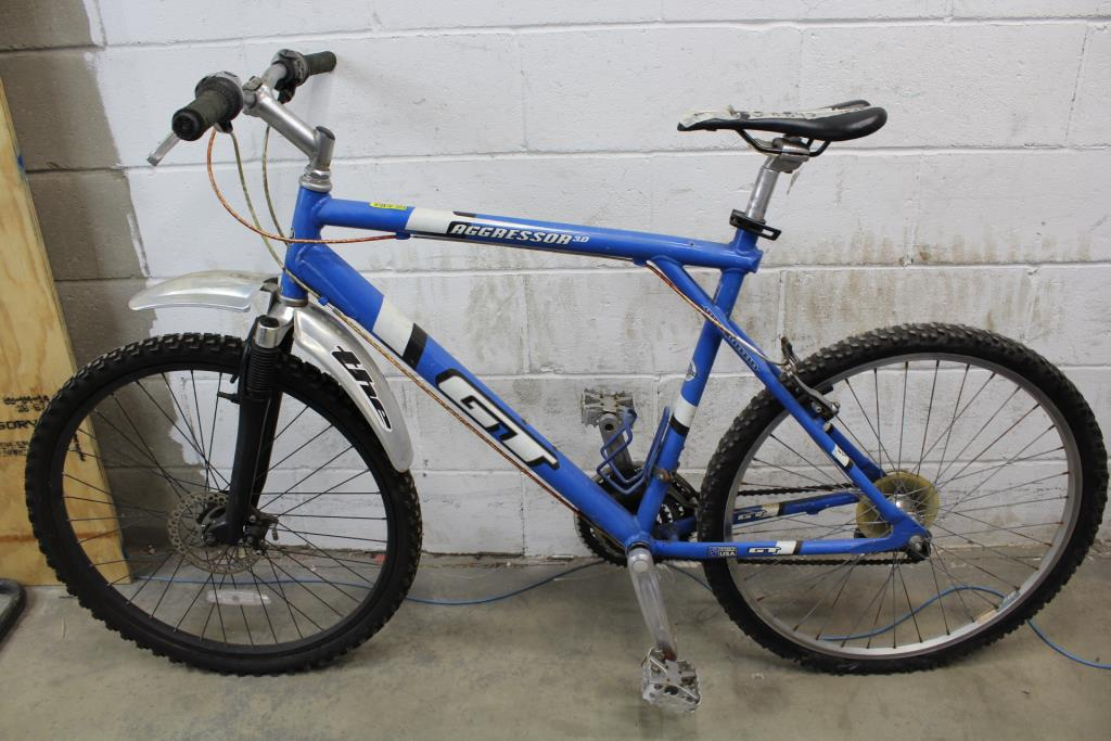 Gt Aggressor 3 0 Mountain Bike Property Room