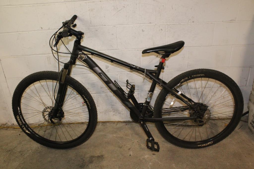 1970ba44655 GT Aggressor Sport Mountain Bike | Property Room