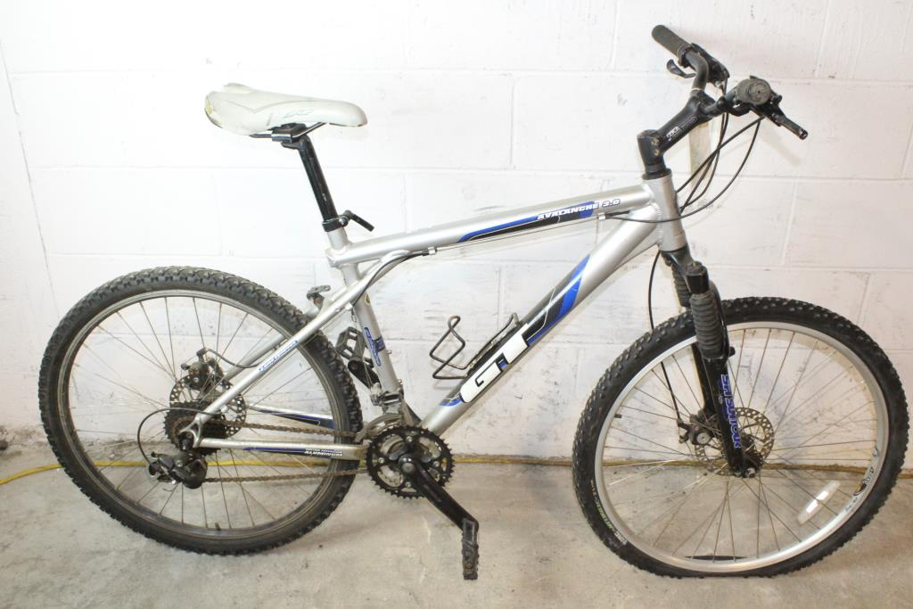 GT Avalanche 3.0 Mountain Bike | Property Room