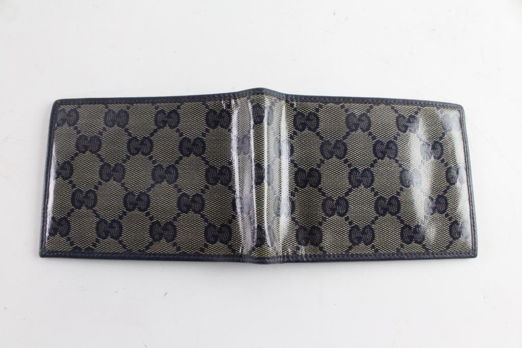 e32b99d85bcf Image 1 of 3. Gucci Mens Wallet