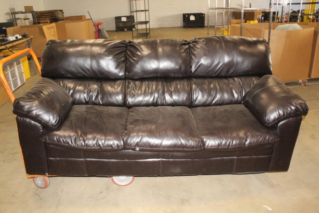 Harbortown Vintage Leather Sofa Property Room