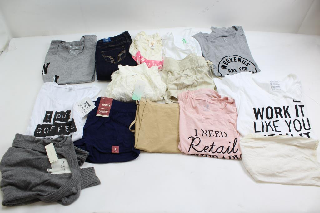 condado Domar Paloma  Hollister, Abercrombie & Fitch, Nike, & More; 8+ Pieces   Property Room