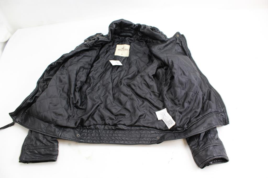 910e51076 Hollister Men's Faux Leather Jacket; Size Medium | Property Room