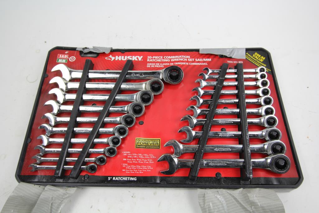 116df9876e1a Husky Ratchet Wrench Set
