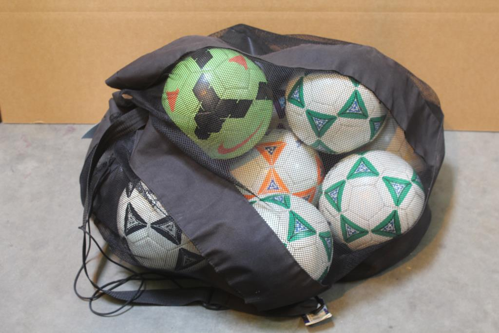 c150a1dfe Joma Mesh Bag With Soccer Balls, 9 Pieces | Property Room
