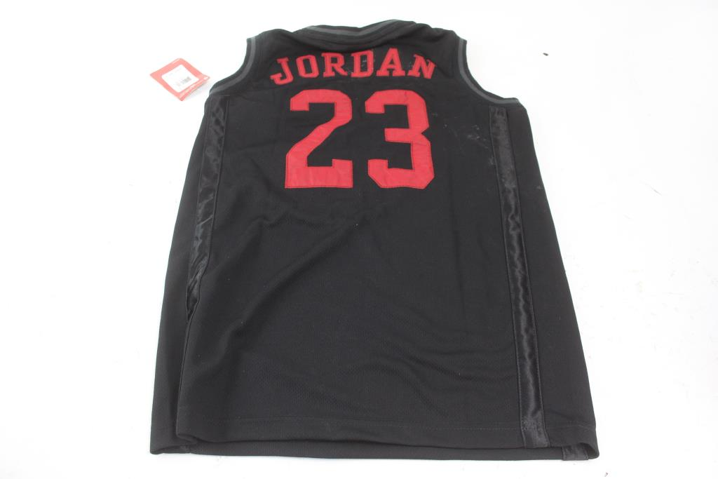 pretty nice e3d13 7cfcd Kids Nike Air Jordan Jersey; Size L | Property Room