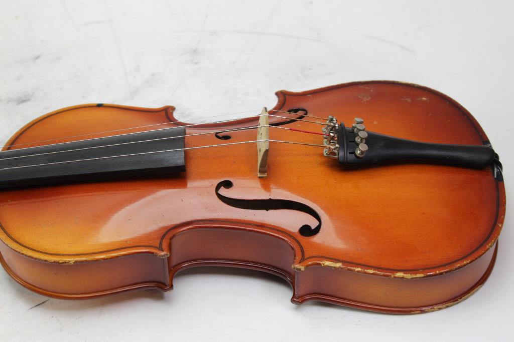 Knilling Bucharest Violin | Property Room