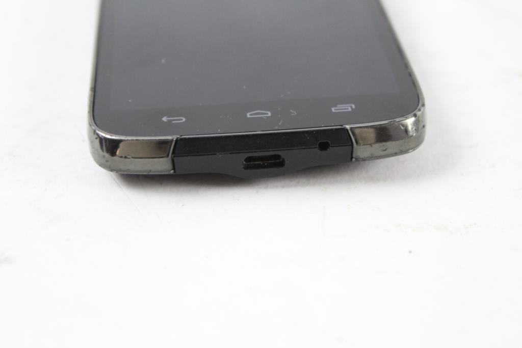 Kyocera C6730, Boost Mobile | Property Room