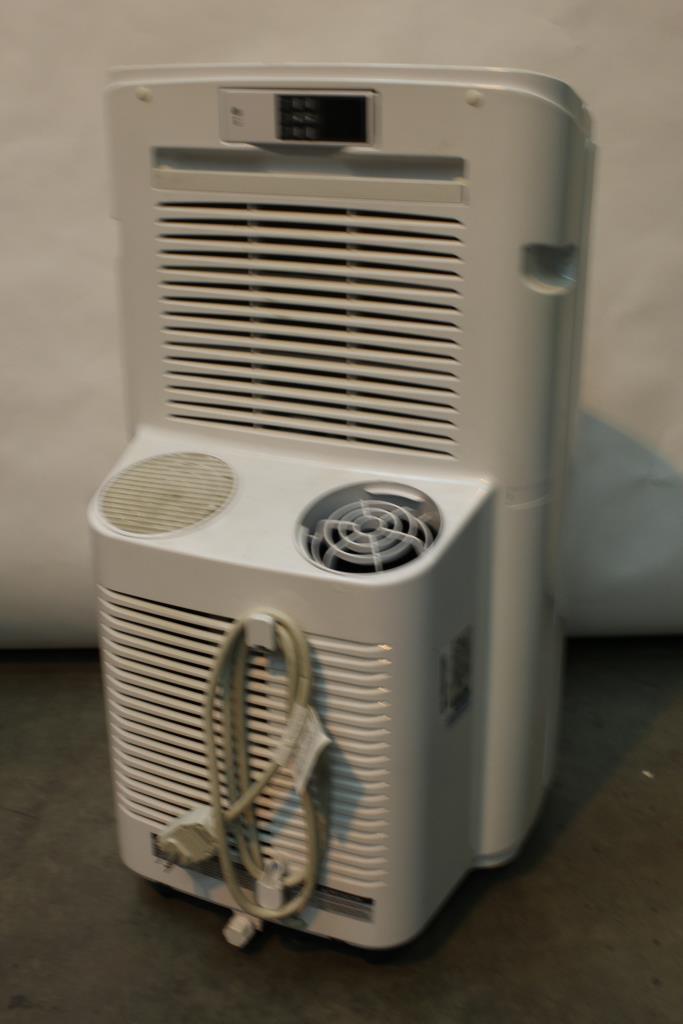 Lg 11 000 Btu Portable Air Conditioner With Remote
