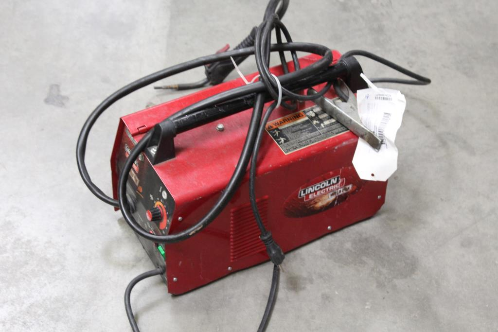Image 1 Of 2 Lincoln Electric 10949 Weld Pak Hd Feed Welder